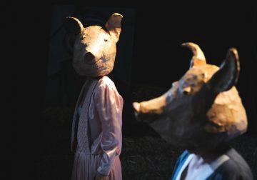 'Svinje' u teatru